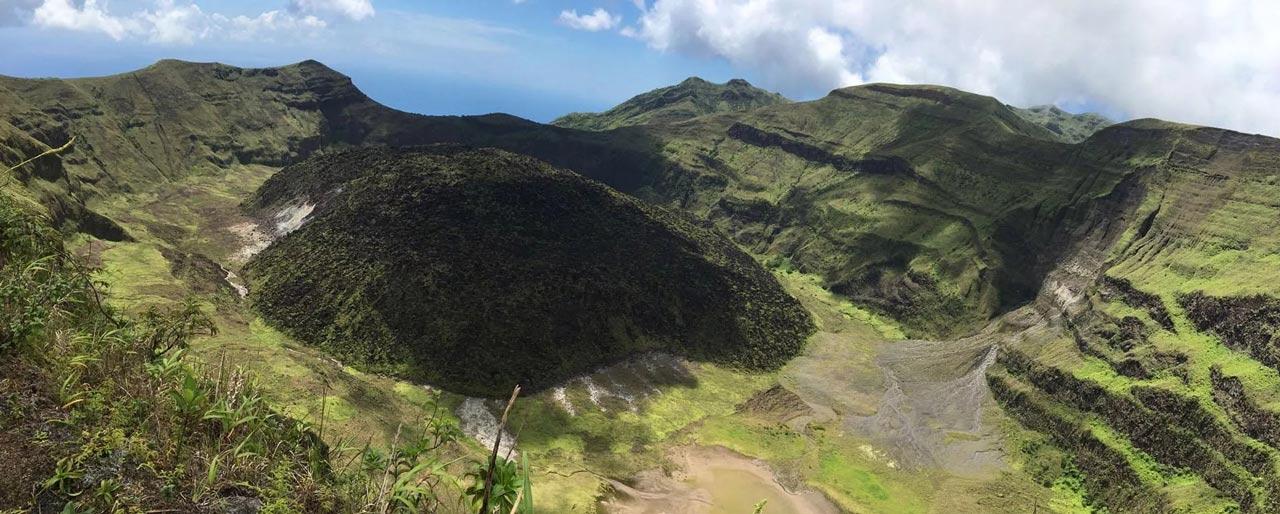 圣文森特和格林纳丁斯群岛